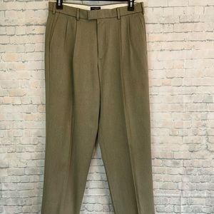 "Dockers Mens size 32"" X 32"" Mens Career Pants"